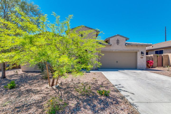 43422 N HUDSON Trail, New River, AZ 85087