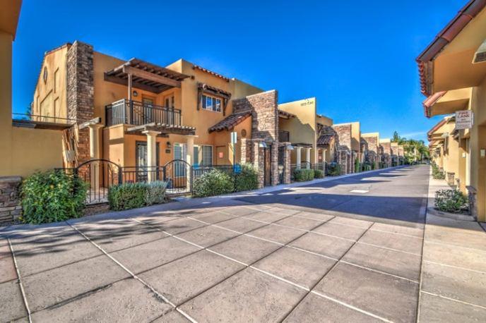 550 W MARYLAND Avenue, 101, Phoenix, AZ 85013