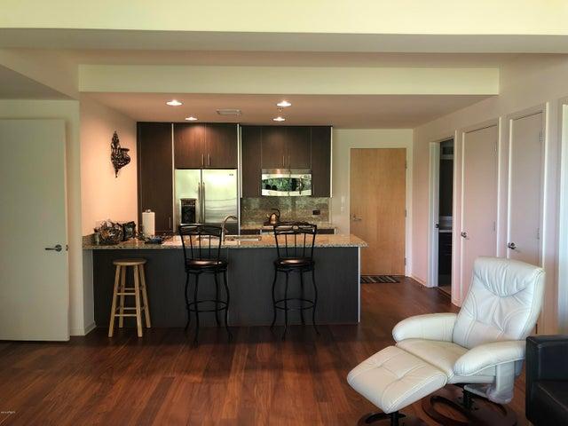 7121 E RANCHO VISTA Drive, 5002, Scottsdale, AZ 85251
