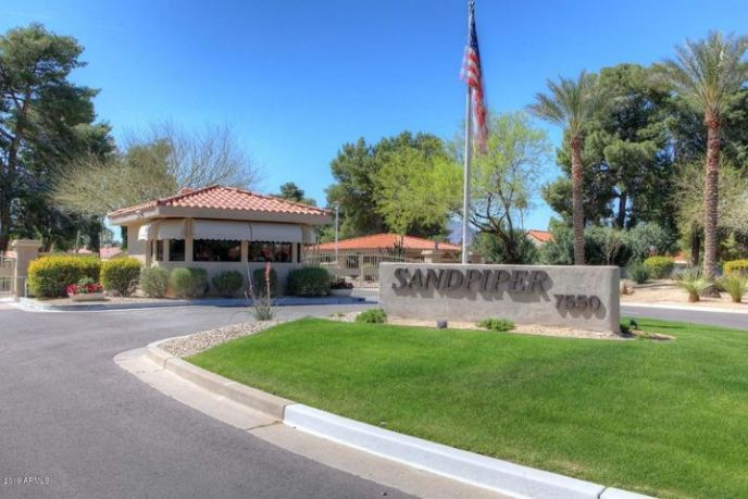 Guard gated subdivision in McCormick Ranch.