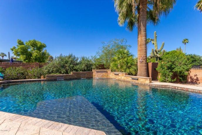 105 N FLORENCE Avenue, Litchfield Park, AZ 85340