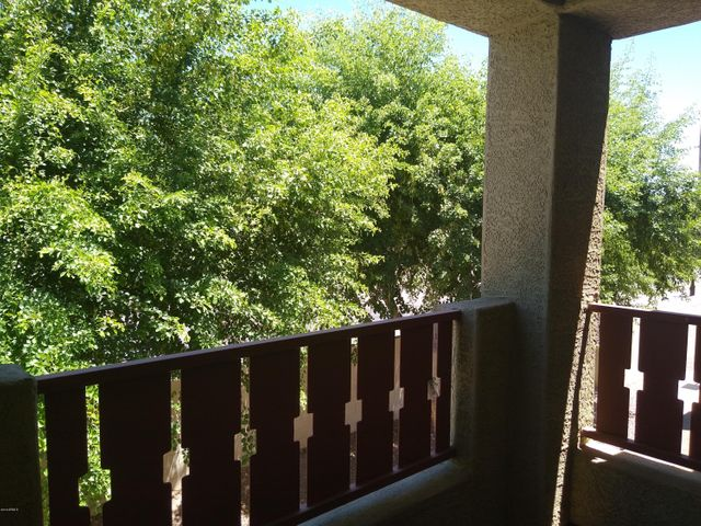 Green, leafy balcony!