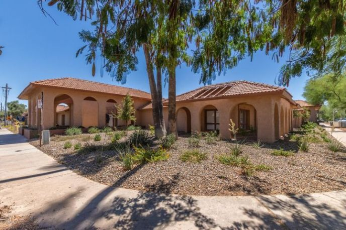 3295 N DRINKWATER Boulevard, 4, Scottsdale, AZ 85251