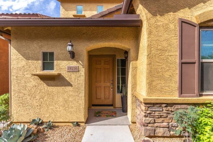 21216 N 36 th Place, Phoenix, AZ 85050