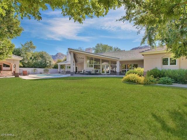 9041 N 46TH Street, Phoenix, AZ 85028