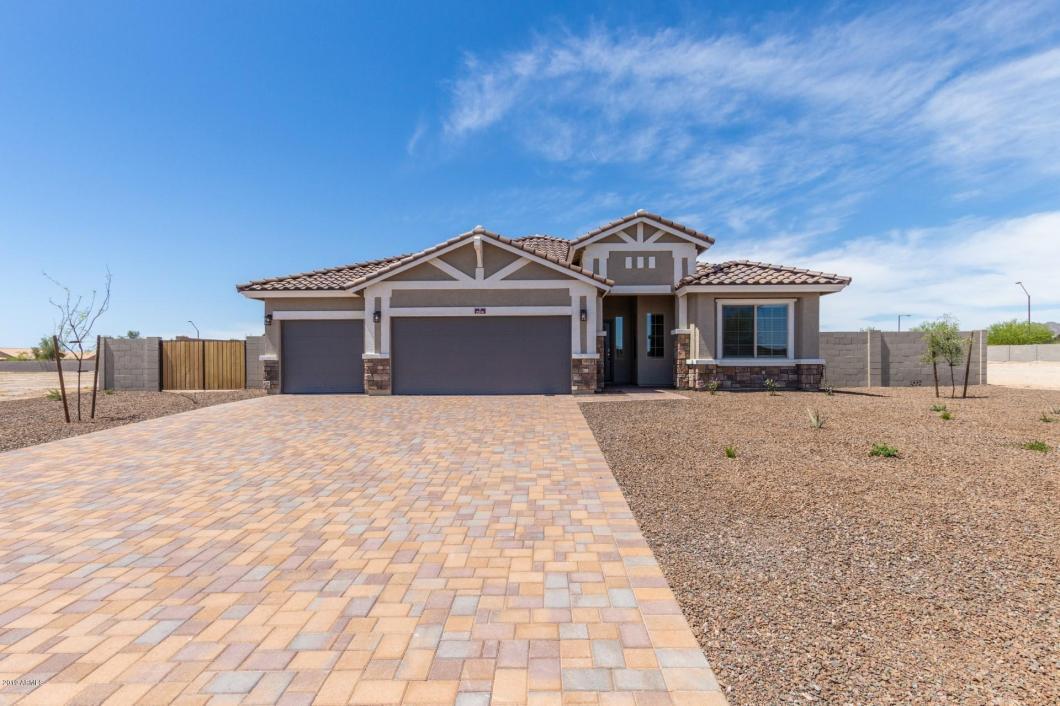 2290 S 218TH Drive, Buckeye, AZ 85326