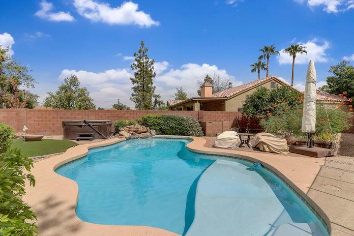 8430 E COOLIDGE Street, Scottsdale, AZ 85251