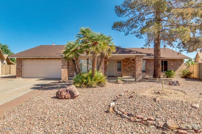 4912 W TORREY PINES Circle, Glendale, AZ 85308