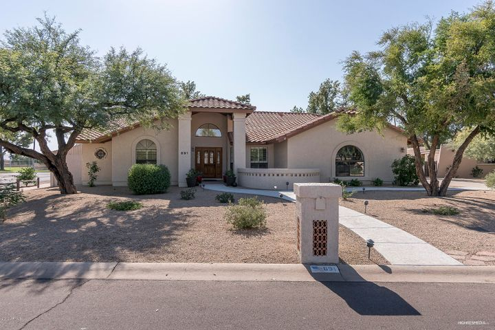 """691 E. Fairway Dr. """"in the Park"""" at Litchfield Park. 2343 sq.ft. living area; 16,212 lot size. 3 bedrooms; 2.5 baths; single level.Beautifully upgraded, new HVAC system; new appliances, new carpeting under warranty. Near famous WigWam Resort, top rated schools. golf, tennis, community pool, lake, Turtle Park. A wonderful place to enjoy living."""