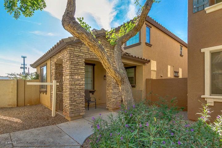 67 E PALOMINO Drive, Gilbert, AZ 85296