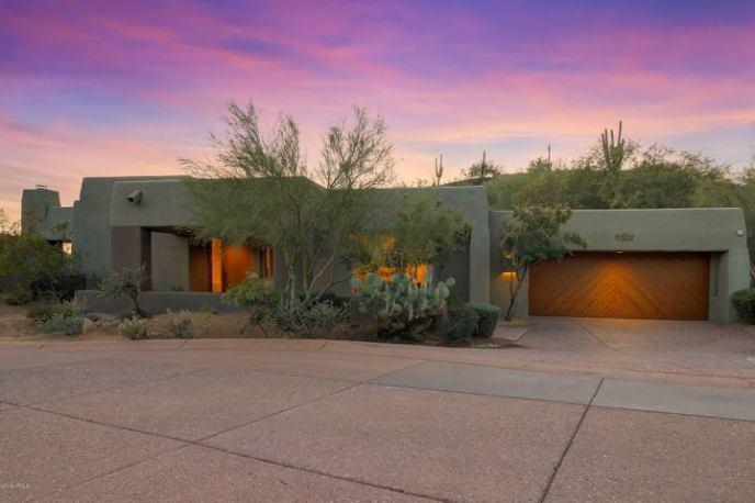9975 E GRAYTHORN Drive, Scottsdale, AZ 85262