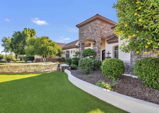 Beautiful, VERY well cared for custom basement home in Hidden Groves!!!