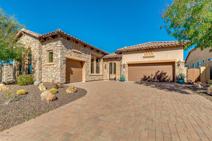 8518 E JUNE Street, Mesa, AZ 85207