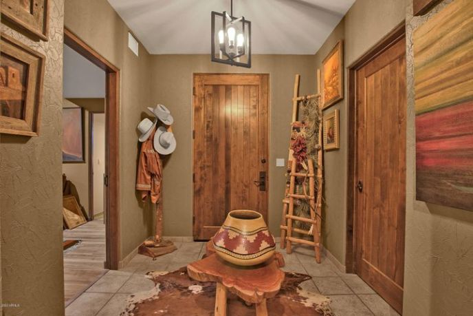 36601 N MULE TRAIN Road, Carefree, AZ 85377