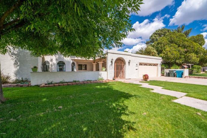 4024 E CHEERY LYNN Road, Phoenix, AZ 85018