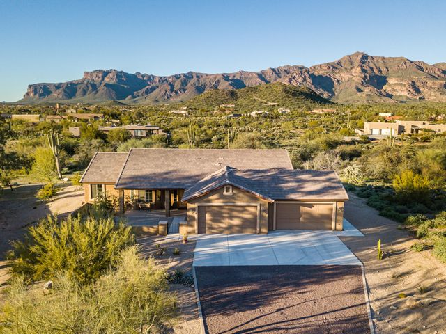 6419 S HIDE AWAY Lane, Gold Canyon, AZ 85118