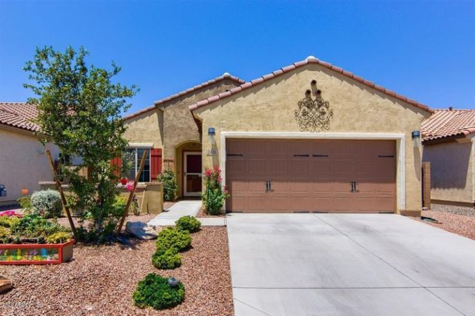 2426 N PETERSBURG Drive, Florence, AZ 85132
