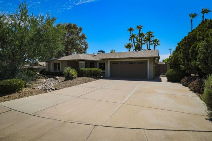 14026 N 44TH Place, Phoenix, AZ 85032