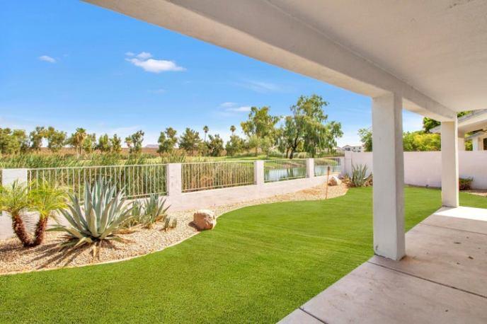 6914 W ESCUDA Drive, Glendale, AZ 85308
