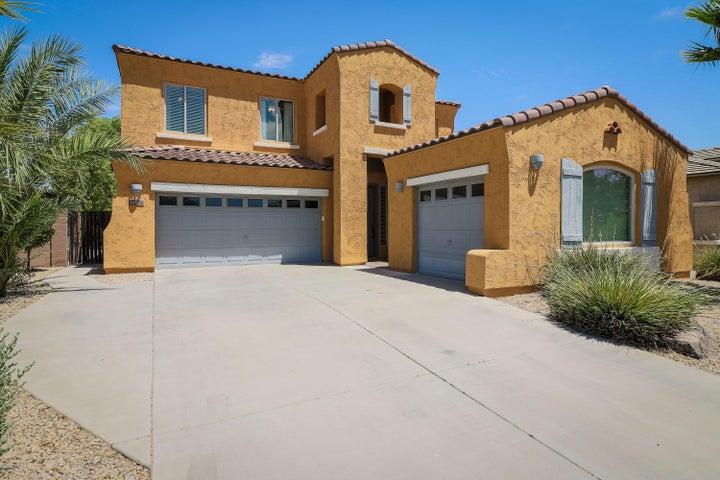 890 E LA COSTA Place, Chandler, AZ 85249
