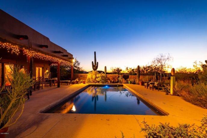 Saguaro Sunset Poolside