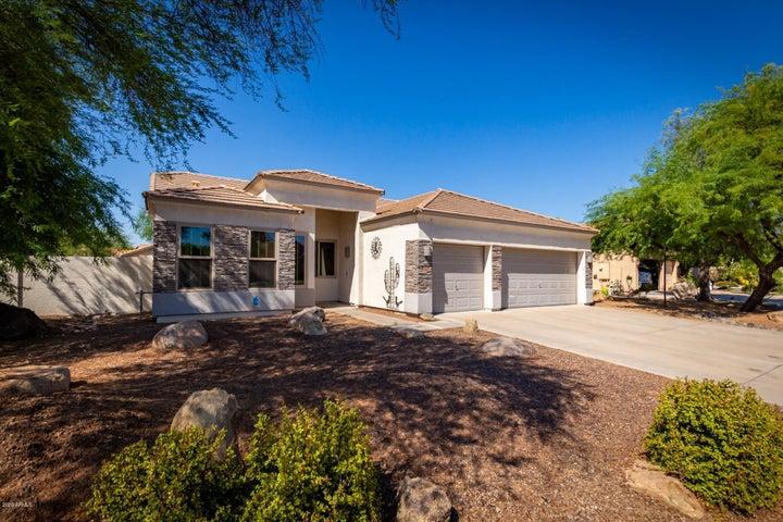 1052 E SAN TAN Drive, Gilbert, AZ 85296