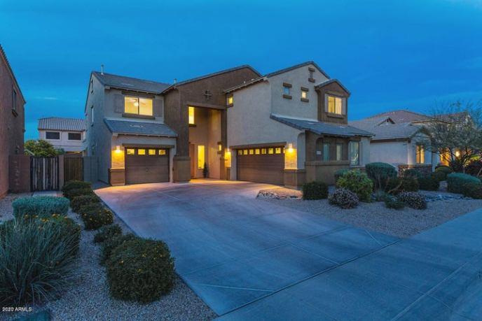 4020 E HASHKNIFE Road, Phoenix, AZ 85050
