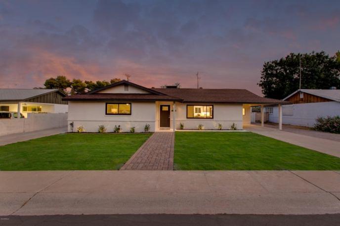 7049 E LATHAM Street, Scottsdale, AZ 85257