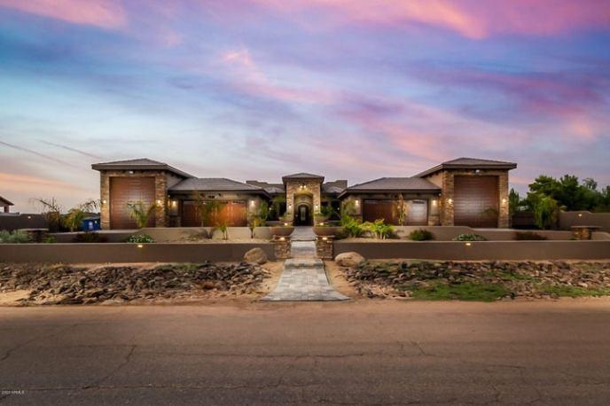 1306 W Maddock Road, Phoenix, AZ 85086