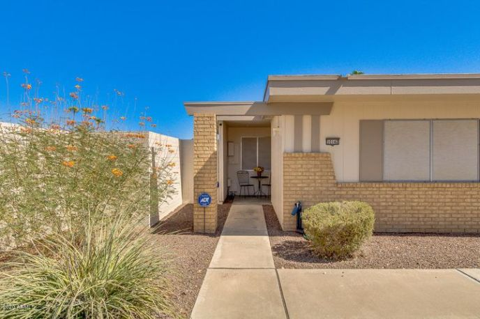 10142 W LOMA BLANCA Drive, Sun City, AZ 85351