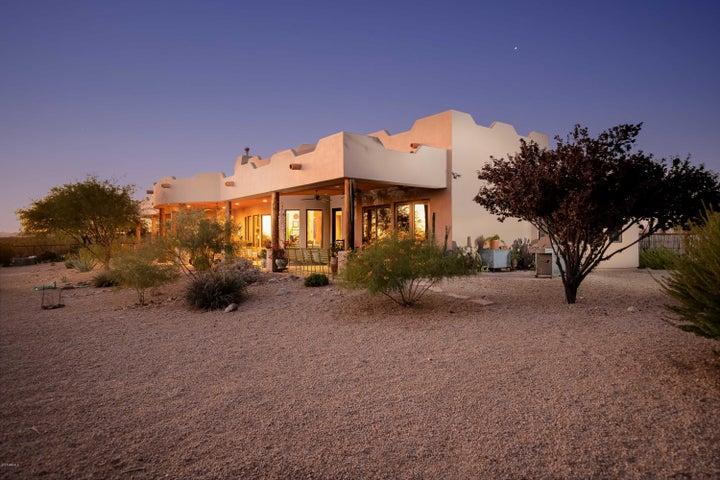 22300 W EL GRANDE Trail, Wickenburg, AZ 85390