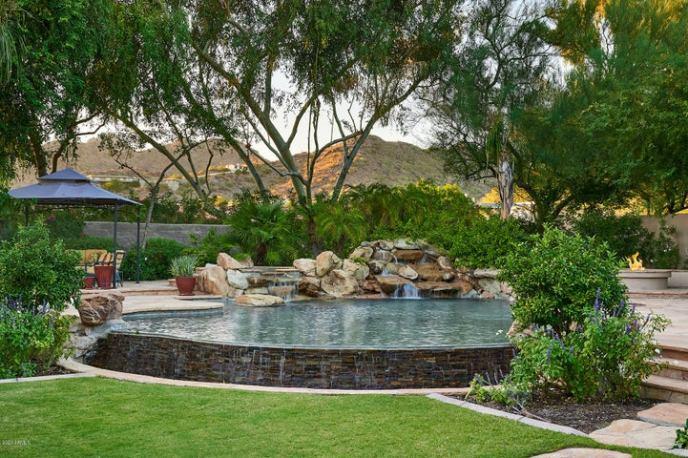 6158 N PARADISE VIEW Drive, Paradise Valley, AZ 85253