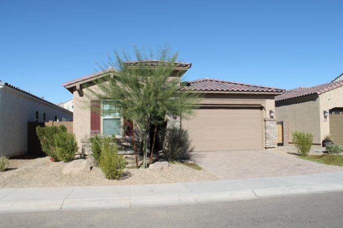 3254 E TINA Drive, Phoenix, AZ 85050