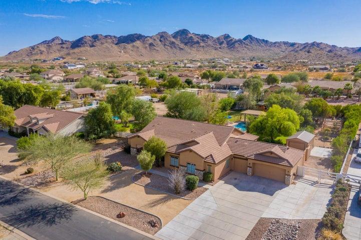 9755 W Golddust Drive, Queen Creek, AZ 85142