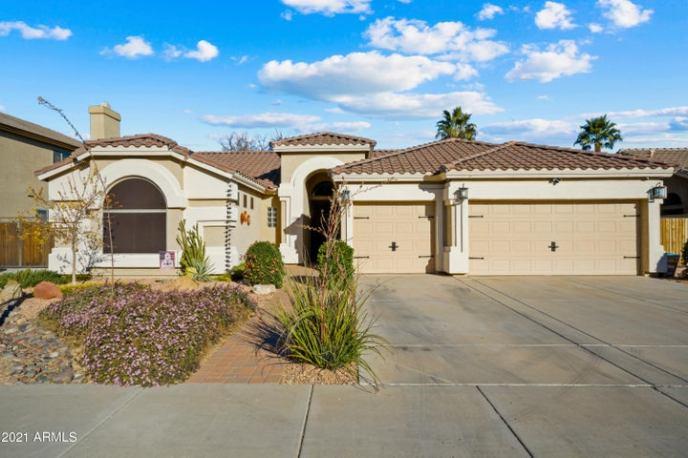 7018 W MORNING DOVE Drive, Glendale, AZ 85308