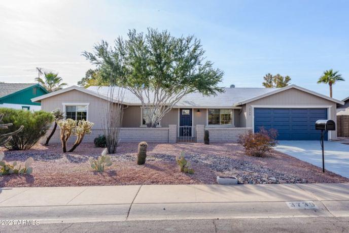 3739 E WINCHCOMB Drive, Phoenix, AZ 85032