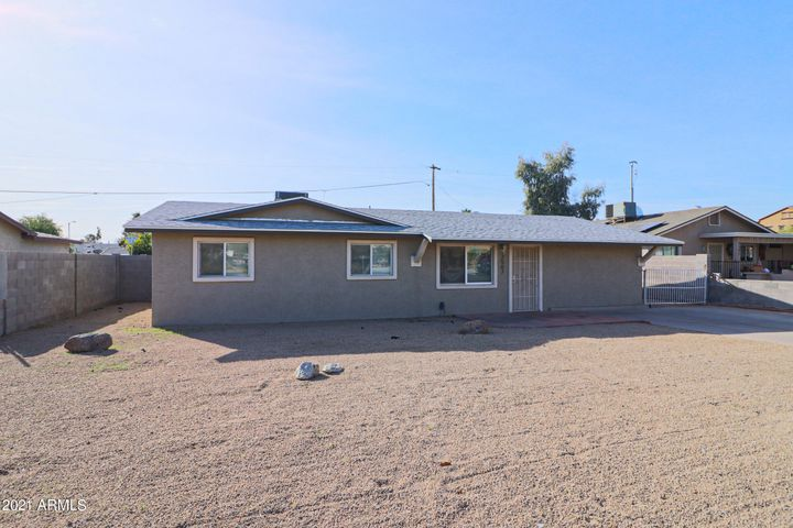 2507 E CAMPO BELLO Drive, Phoenix, AZ 85032