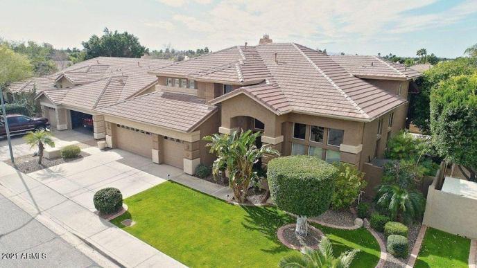 6523 W VIA MONTOYA Drive W, Glendale, AZ 85310