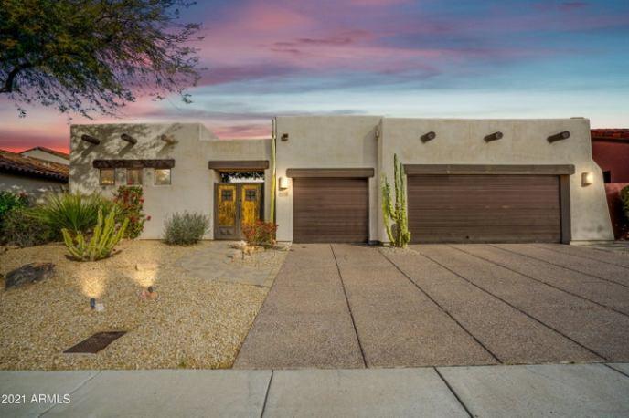 8012 E WINDWOOD Lane, Scottsdale, AZ 85255