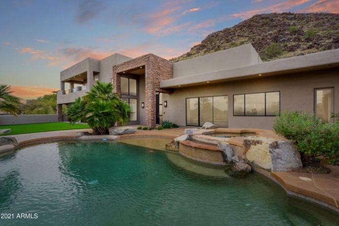 8215 N 54TH Street, Paradise Valley, AZ 85253