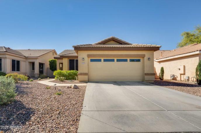 7053 W TONOPAH Drive, Glendale, AZ 85308
