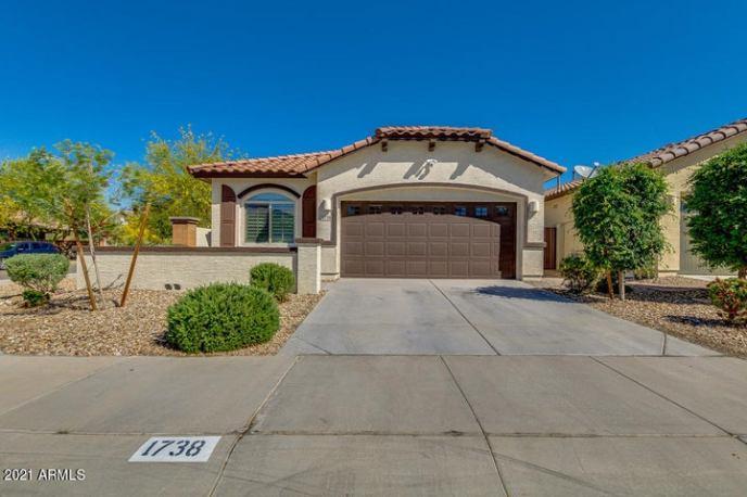 1738 W SATINWOOD Drive, Phoenix, AZ 85045
