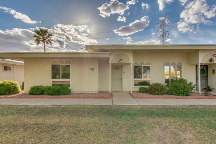 14234 N NEWCASTLE Drive, Sun City, AZ 85351