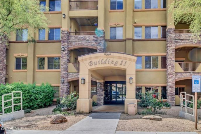 5450 E Deer Valley Drive, 4223, Phoenix, AZ 85054