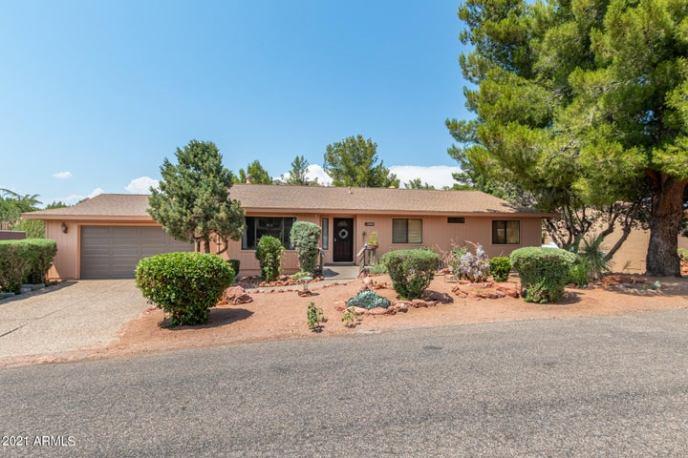 220 CONCHO Drive, Sedona, AZ 86351