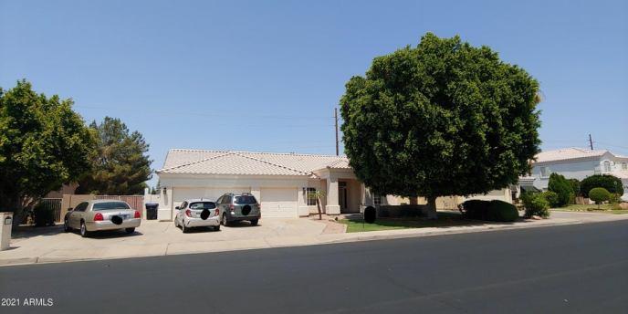 1014 N ROBIN Lane, Mesa, AZ 85213