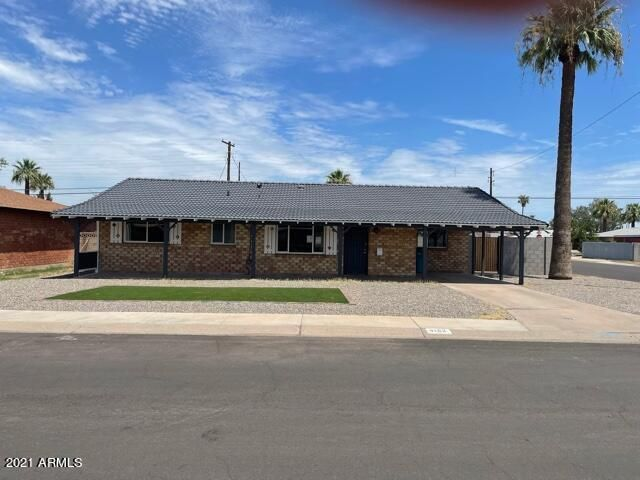 4102 W KEIM Drive, Phoenix, AZ 85019