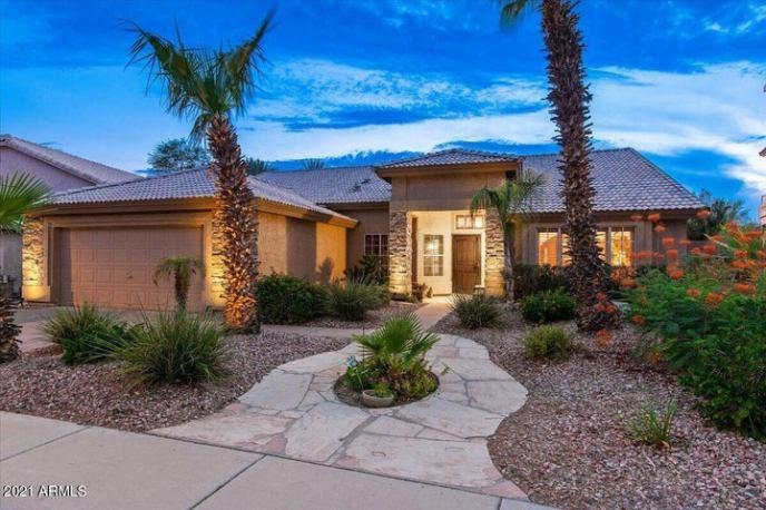 15214 S 40TH Street, Phoenix, AZ 85044