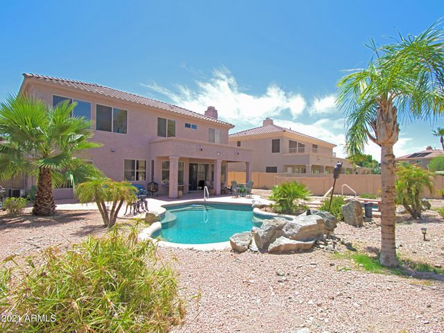 1320 W WINDSONG Drive, Phoenix, AZ 85045