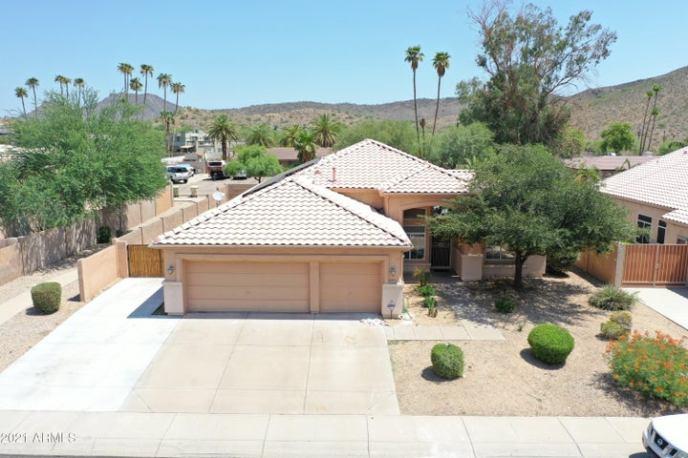 22441 N 67 Drive, Glendale, AZ 85310